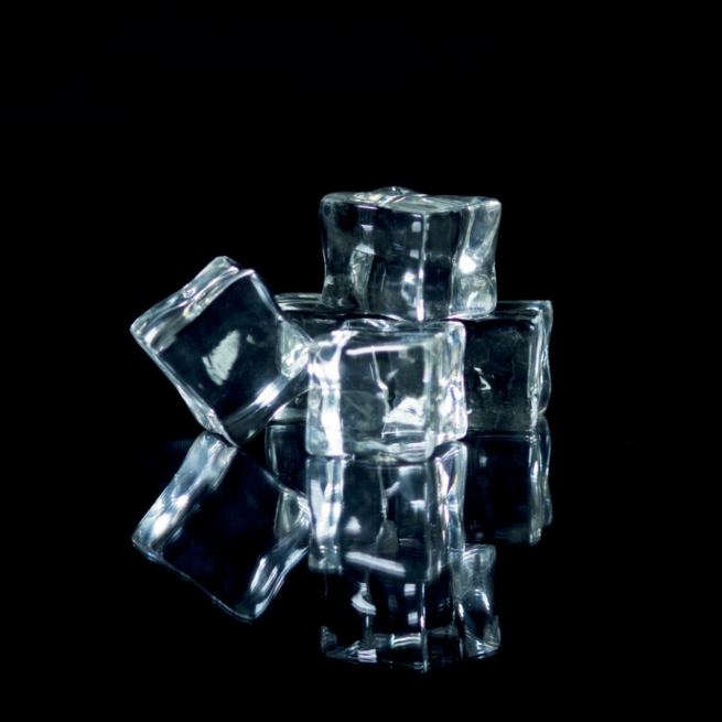 artificial ice cubes