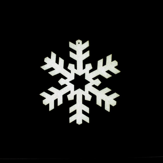 medium foam snowflake